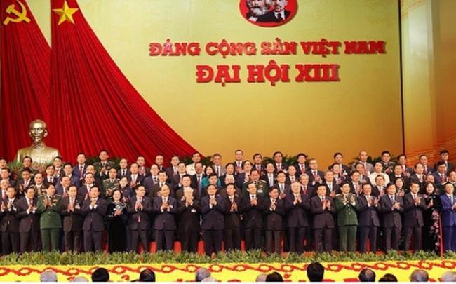 Thông qua Nghị quyết Đại hội XIII của Đảng, phấn đấu tăng trưởng 6,5-7% trong 5 năm tới