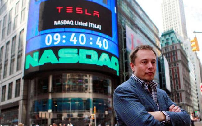 Náo loạn thị trường bằng những dòng tweet, các nhà đầu tư đang ngày càng lo lắng vì Elon Musk