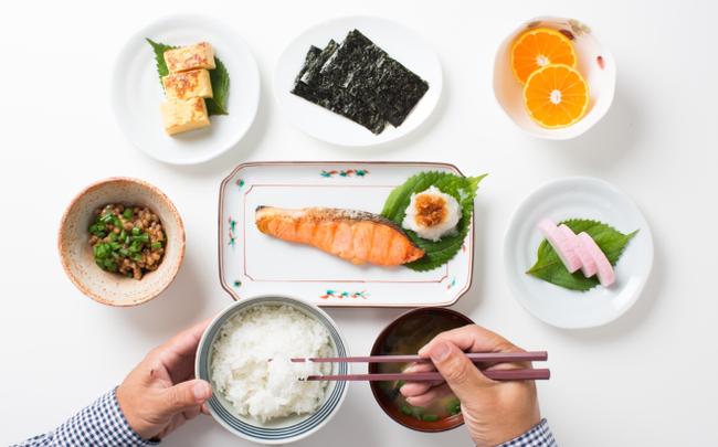 Chuyên gia dinh dưỡng khuyên người sắp bước vào tuổi 40 bổ sung các loại thực phẩm sau: Giúp xương chắc khỏe, đẩy lùi lão hóa, giúp trí não minh mẫn hơn