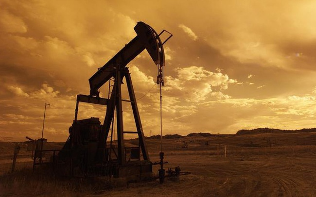 Giá dầu bất ngờ tăng nhanh, những gì sẽ tác động tới thị trường trong thời gian tới?