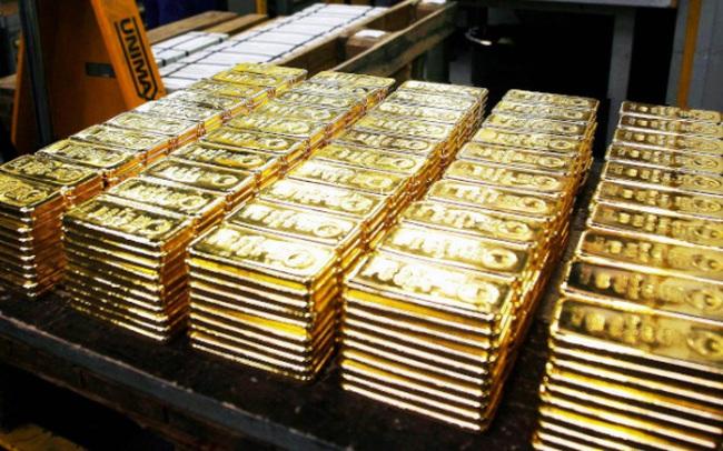 Các quỹ đầu tư mạnh tay bán vàng, giá rơi phiên thứ 5 liên tiếp