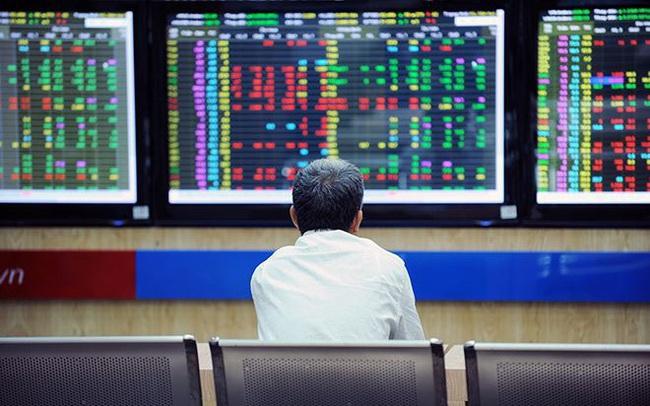 """Chứng chỉ ETF, lời giải cho nhà đầu tư không chuyên trước câu hỏi """"mua con gì"""" trên sàn chứng khoán"""