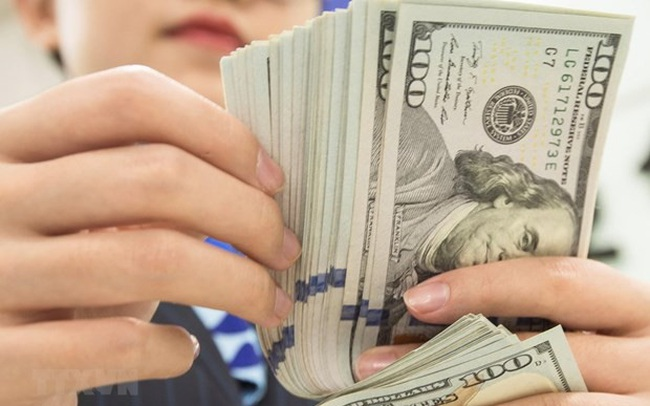 Giá USD tăng trên các thị trường