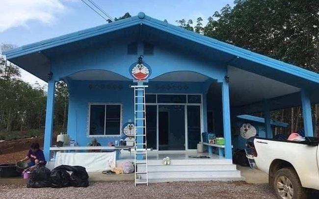 Căn nhà có gia chủ mê Doraemon khiến dân tình tranh cãi: Dễ thương hay nhố nhăng như cái vườn trẻ?