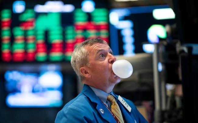 Bên mua áp đảo, tiền chảy vào ồ ạt, bong bóng trên thị trường chứng khoán sẽ không thể vỡ?