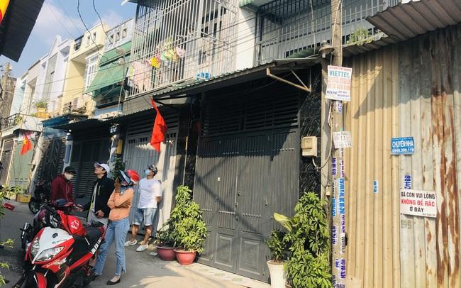 Giá đất tăng cao, đôi vợ chồng trẻ vật lộn tìm mua nhà vùng ven Sài Gòn dù có tiền tỷ trong tay