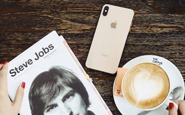"""Steve Jobs - """"Cha đẻ"""" iPhone, 66 năm và những câu chuyện đầy cảm hứng!"""