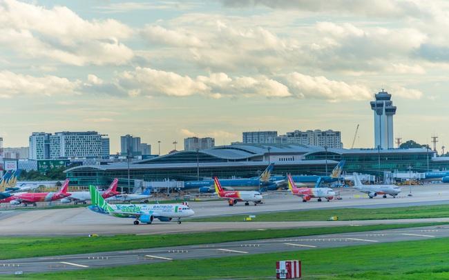 """Ngành hàng không sẽ """"bớt khó"""" năm 2021"""