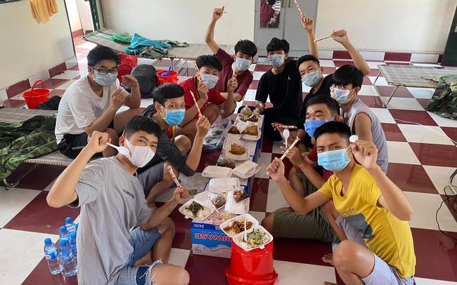 Cuộc sống như người một nhà của sinh viên ĐH Thủ Dầu Một trong khu cách ly: Đón Tết còn nhiều lần nữa nhưng dập dịch phải thắng lần này
