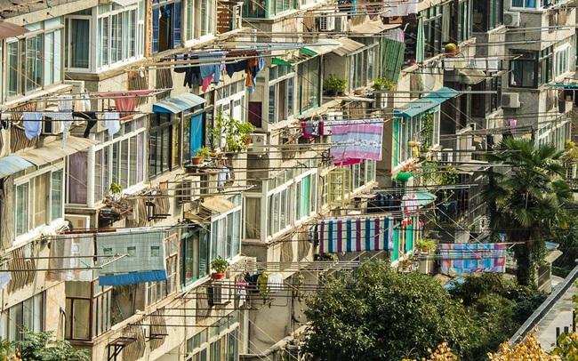 """Xây số lượng nhà nhiều gấp 5 lần Mỹ và châu Âu cộng lại, """"quả bom"""" bất động sản chực chờ phát nổ ở Trung Quốc"""