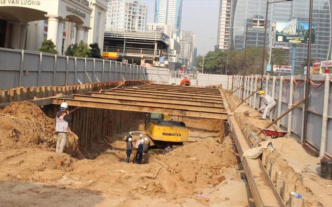 Dự án giao thông thi công xuyên Tết: Vừa làm vừa chống dịch
