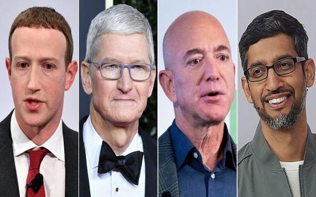 """Ông chủ Amazon rời """"ghế nóng"""" ở tuổi 57, những gã khổng lồ Internet khác thì sao?"""