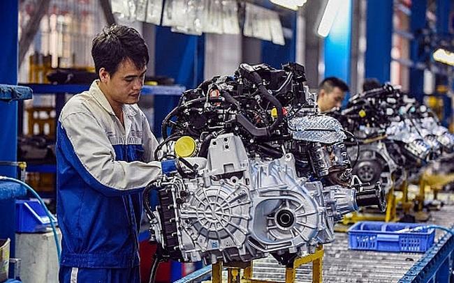 Sản xuất công nghiệp khởi sắc và tăng trở lại