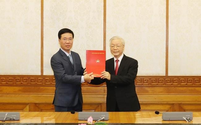 Ông Võ Văn Thưởng giữ chức Thường trực Ban Bí thư, ông Trần Tuấn Anh làm Trưởng Ban Kinh tế