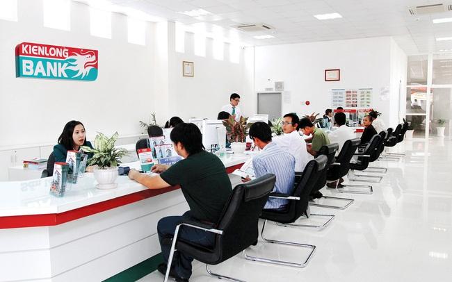 Chỉ hoàn thành 21% kế hoạch lợi nhuận trong năm 2020, Kienlongbank trả lương thế nào cho nhân viên năm vừa qua?