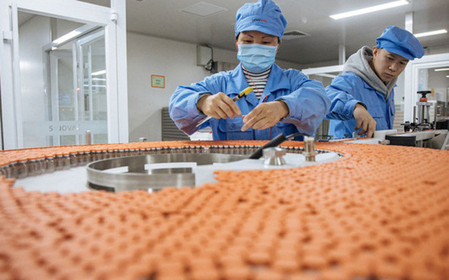 """Quốc gia nào là """"công xưởng"""" sản xuất vaccine Covid-19 của thế giới?"""