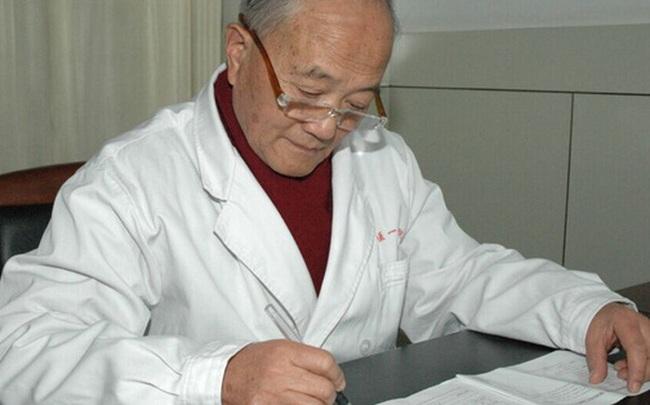 Bậc thầy y học 87 tuổi: Mạch máu mịn và không có mảng xơ vữa nhờ uống 2 loại trà trong 30 năm