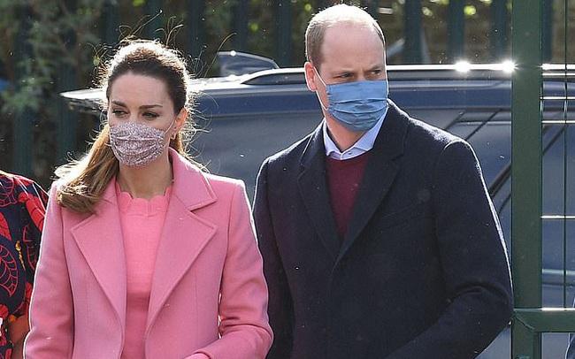 NÓNG: Hoàng tử William chính thức lên tiếng về cuộc phỏng vấn của nhà Sussex, chỉ bằng một câu ngắn gọn đủ khiến Harry phải ngẫm lại mình