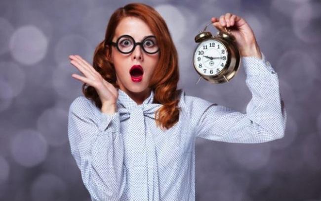 """Giáo sư hàng đầu của ĐH Wharton: """"Thời gian hoàn hảo nhất để kết thúc mọi công việc là lúc 3 giờ chiều"""""""