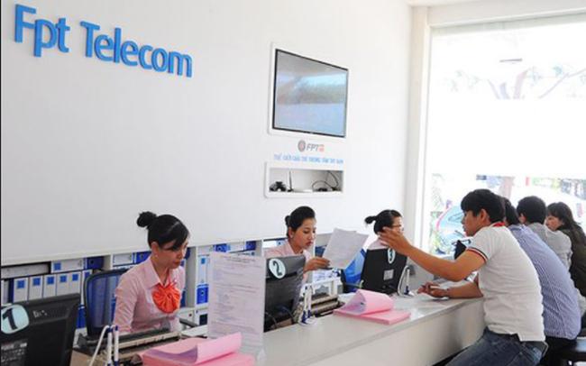 FPT Telecom (FOX): Kế hoạch lãi trước thuế 2.380 tỷ đồng năm 2021, trình phương án đầu tư cáp đất liền sang Singapore