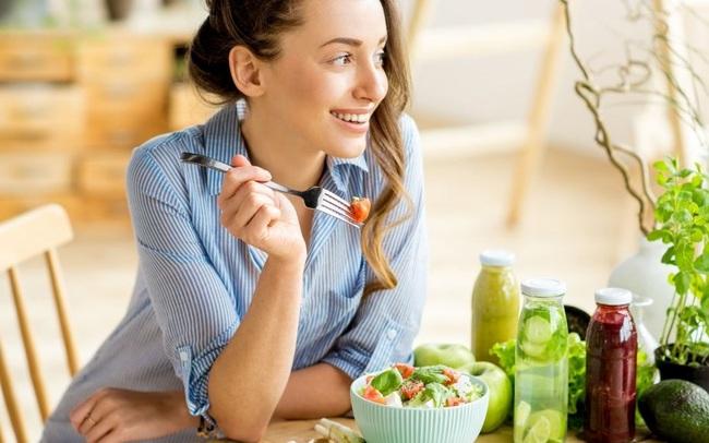 3 loại thực phẩm các bác sĩ nhãn khoa luôn muốn mọi người tiêu thụ để có sức khỏe mắt tốt