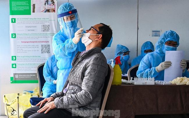 Hà Nội bắt đầu xét nghiệm sàng lọc ngẫu nhiên COVID-19 trong cộng đồng
