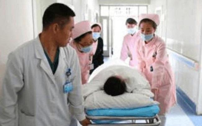 Nam thanh niên 29 tuổi qua đời vì ung thư gan, bác sĩ tiếc nuối: Nếu làm ít hơn 2 việc, anh ta sẽ không kết thúc ở đó