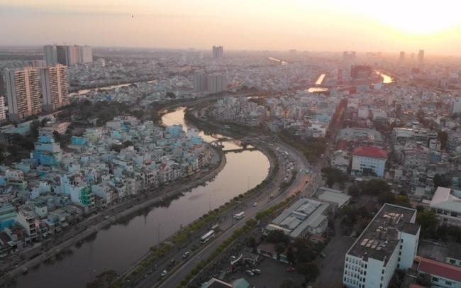 Ngân hàng Thế giới: Việt Nam cần chú ý đến việc triển khai vaccine Covid-19 trong phục hồi kinh tế