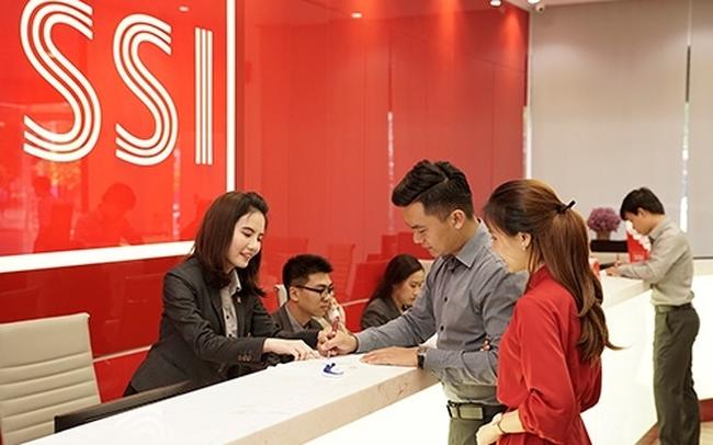 SSI đã phát hành gần 47 triệu cổ phiếu chuyển đổi 1.150 tỷ đồng trái phiếu với giá bằng 75% thị giá