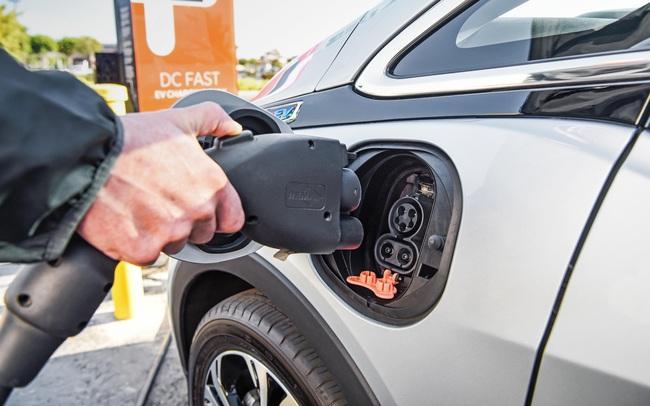 Châu Âu: Trở thành thị trường xe điện lớn nhất thế giới nhưng liệu có thực sự bền vững?
