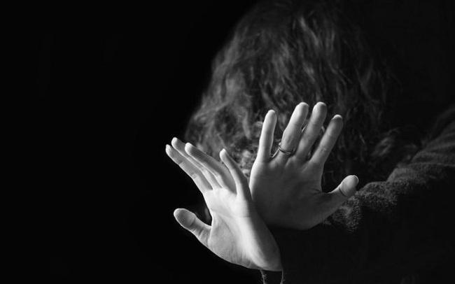 Góc khuất đau thương của phụ nữ gốc Á trên đất Mỹ nhìn từ 3 vụ xả súng quán mát xa làm 8 người chết
