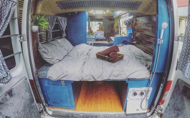 """Chi 280 triệu đồng để biến xe cũ thành nhà, đôi vợ chồng trẻ thực hiện ước mơ du lịch """"vẹn cả đôi đường"""""""