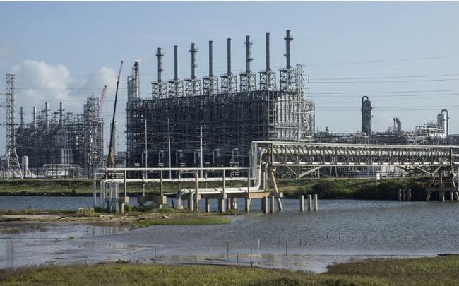 Thế giới thiếu nguyên liệu nhựa trầm trọng do Texas chìm trong giá rét