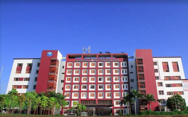 """Một trường đại học khiến sinh viên mê mẩn vì quá đẹp: Được mệnh danh là """"Hồng lâu mộng của Sài Gòn"""", mỗi góc đều như tranh vẽ"""