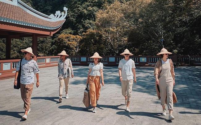 Đầu xuân rủ nhau lễ chùa Yên Tử: Nên đi những nơi nào, cần chuẩn bị bao nhiêu tiền, có gì mua về làm quà cho gia đình?