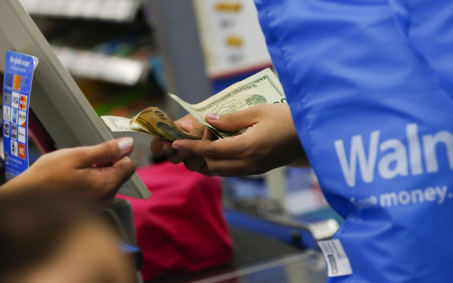 Cơn ác mộng của các ngân hàng lớn nhất nước Mỹ trở thành hiện thực: Walmart chiêu mộ nhân tài từ nhà băng nổi tiếng, chính thức bước chân vào ngành tài chính