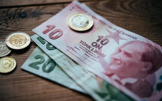 Đồng tiền này vừa mất 15% giá trị sau khi Tổng thống sa thải lãnh đạo Ngân hàng Trung ương