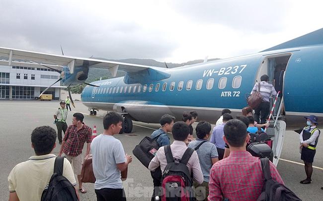 Sân bay Côn Đảo xáo trộn vì hãng khai thác không đúng giờ