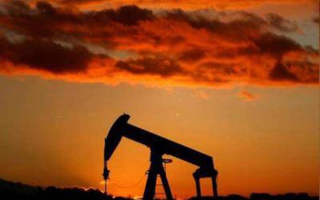 Giá dầu hôm nay giảm tiếp 3%, dầu WTI xuống dưới 60 USD/thùng