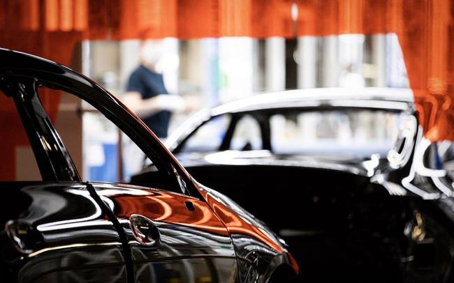 Từ Ford, Honda đến Hyundai, hàng loạt nhà máy ô tô lớn nhất thế giới phải đóng cửa im lìm vì thiếu chip