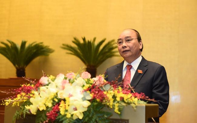 """""""570 chuyến công tác lên rừng xuống biển"""" và phát ngôn đáng chú ý của Thủ tướng Nguyễn Xuân Phúc trước Quốc hội"""