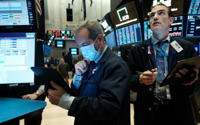 Cổ phiếu công nghệ đồng loạt bị bán tháo, Phố Wall chìm trong sắc đỏ