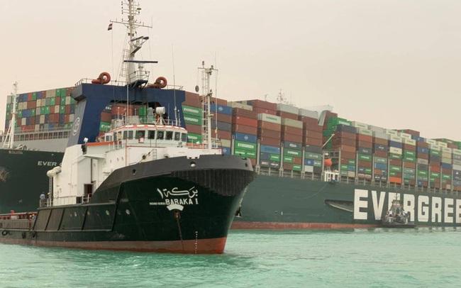 Kênh đào Suez tắc nghẽn nghiêm trọng khiến gần 10 tỷ USD hàng hóa không thể lưu thông mỗi ngày