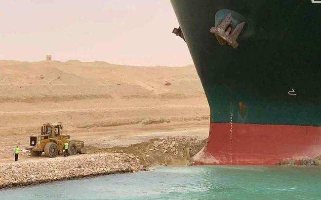 Tắc kênh đào Suez là mối đe dọa mới tới chuỗi cung ứng toàn cầu