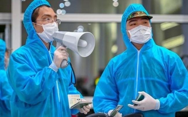KHẨN: TPHCM tìm 2 tài xế chở nữ bệnh nhân COVID-19 nhập cảnh chui