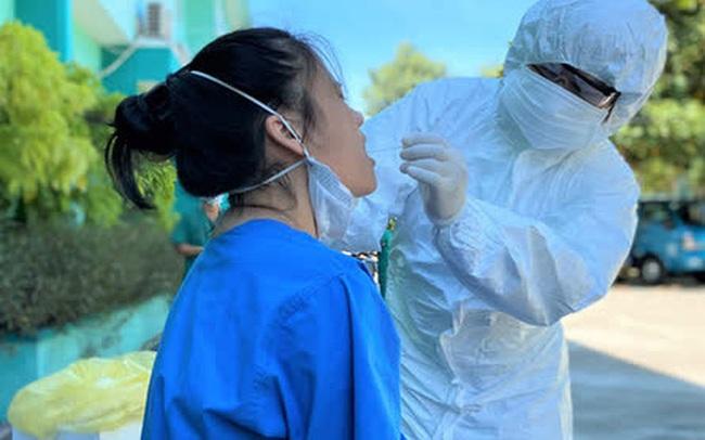 Hà Nội: Kết quả xét nghiệm 89 người đi cùng ca mắc Covid-19 trên chuyến bay từ Phú Quốc ra Nội Bài