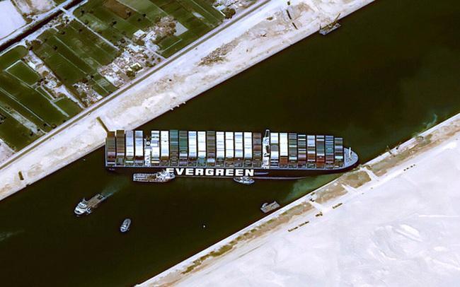 Kẻ khóc người cười: Kênh đào Suez bị tắc lại là cứu cánh cho những siêu tàu chở dầu đang thua lỗ
