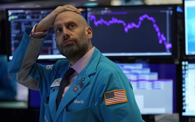 Lợi suất trái phiếu đạt mức cao nhất trong 14 tháng, Phố Wall chìm trong sắc đỏ