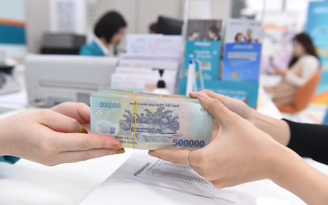 Lợi nhuận sau thuế của 12 ngân hàng có thể tăng hơn 18% trong năm 2021