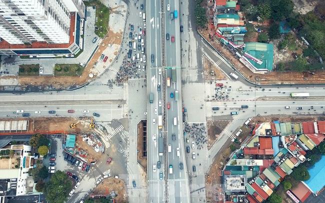 Tăng tốc thi công hầm chui đường bộ nút giao Lê Văn Lương - Khuất Duy Tiến